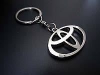 Брелок на ключи с логотипом Toyota (Тойота)