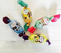 Марципан Douceur Edel Marzipan в форме яйца c кусочками сливы, 100 г., фото 1