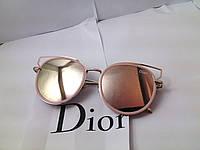 Модные солнцезащитные очки  Dior, пудра