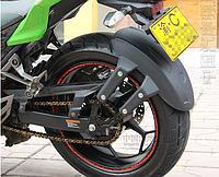 Пластиковый брызговик на заднее колесо мотоцикла