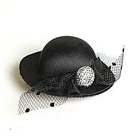 Заколка для волос шляпка чёрная с чёрным бантом и стразами, 7см