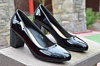 Туфли женские лаковые черные на удобном каблуке 2017. Со скидкой