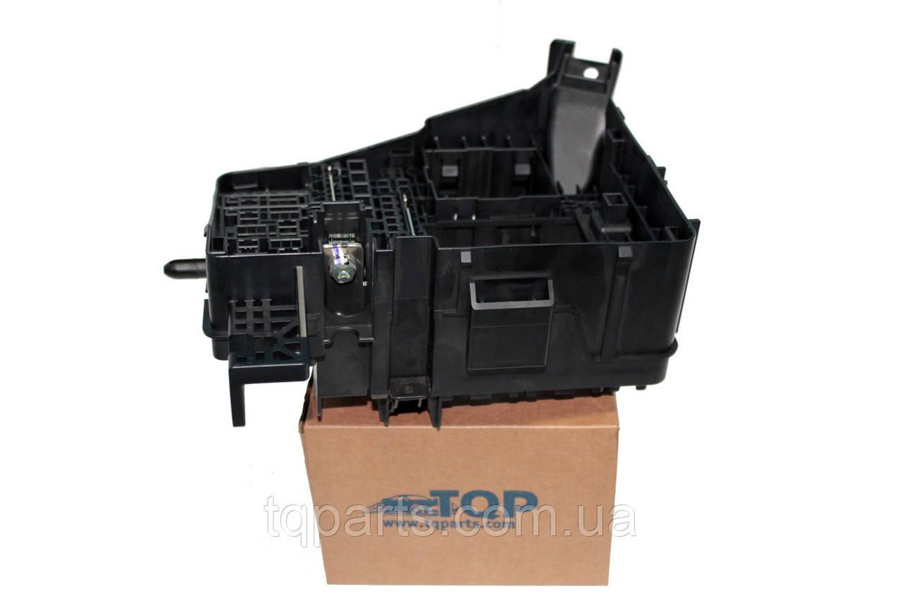 Корпус блока предохранителей (токораспределительная коробка) Hyundai 91255-3S242, 912553S242