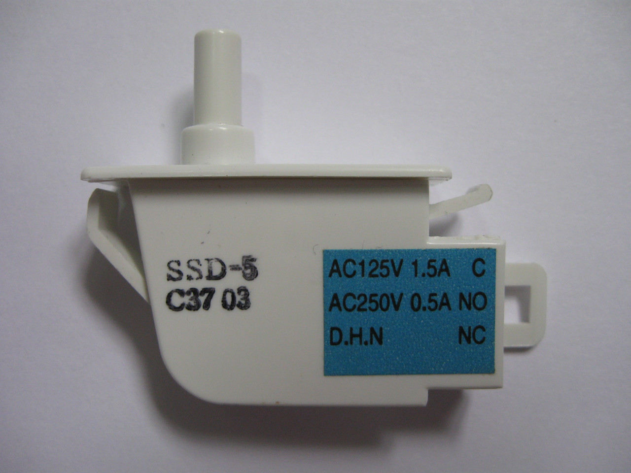 Кнопка включения света холодильника Samsung DA34-10108K