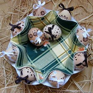 Подставки и тарелки для яиц и паски