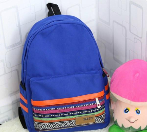стильный рюкзак с орнаментом