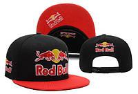 Черная кепка Red Bull
