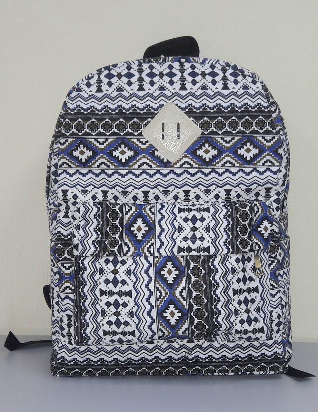 рюкзак с орнаментом для девочки