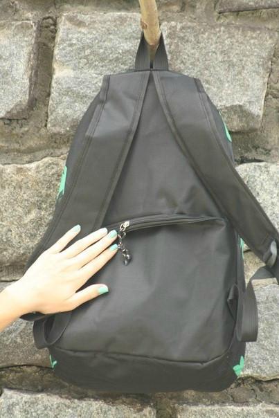 рюкзак с листиками конопли