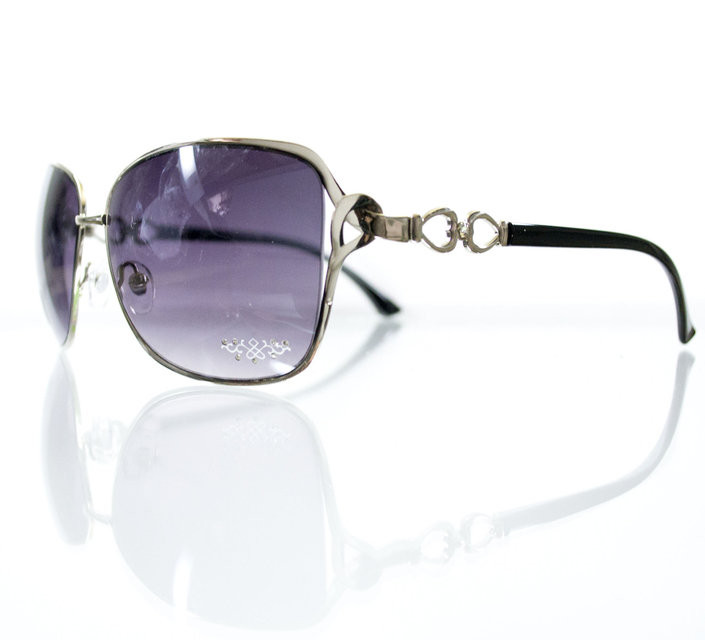 Объемные женские солнцезащитные очки-авиаторы с замысловатой дужкой