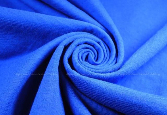 Ярко-синяя женская классическая футболка