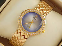 Женские кварцевые наручные часы Rolex на металлическом браслете золотого цвета со стразами