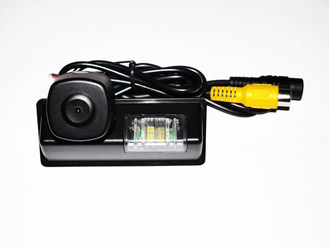 Камера заднего вида Teana