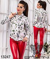 Женская шифоновая блуза с принтом.