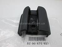 Заглушка направляющей рейки правой раздвижной двери на Рено Трафик 01-> — Renault (оригинал) - 8200675627