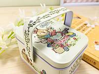 Коробка декоративная с кроликом