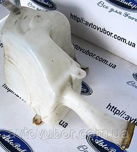 Бак омывателя стекла Ford Escort 95-01