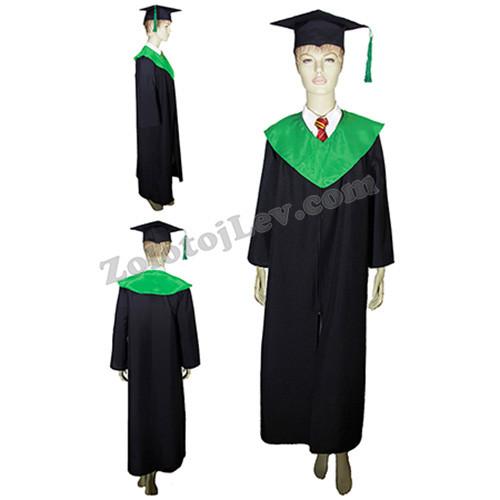 Мантія випускника з зеленим коміром