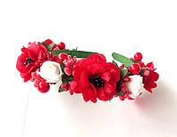 Обруч веночек ручной работы с маками, белыми розами и ягодками