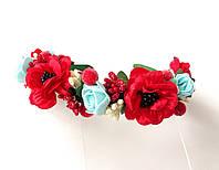 Обруч веночек ручной работы с маками, голубыми розами и ягодками