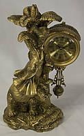 """Оригинальные настольные интерьерные часы с маятником  Слон под пальмой  """" Классика """""""