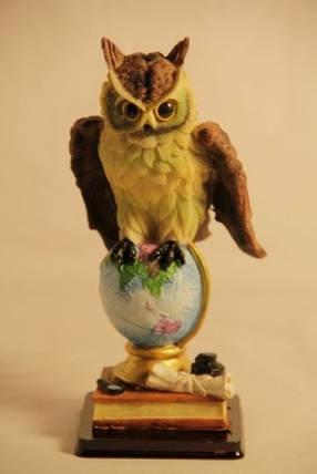 Статуэтка сова на глобусе 091205B, фото 2