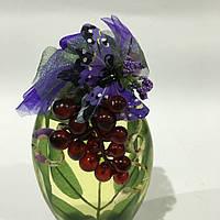 Декоративная бутылка с цветочной композицией
