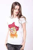 Повседневная белая футболка из легкого хлопка с рисунком