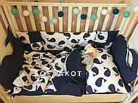 Защитные бортики Киты синие+комплект постельного белья