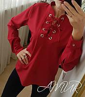 Красивая коттоновая блузка на шнуровке красного цвета