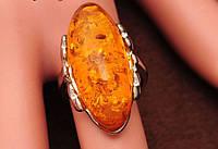 Кольцо женское с овальным кристаллом р 18 код 1090