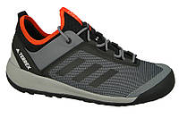 Кроссовки туристические Adidas Terrex Swift Solo