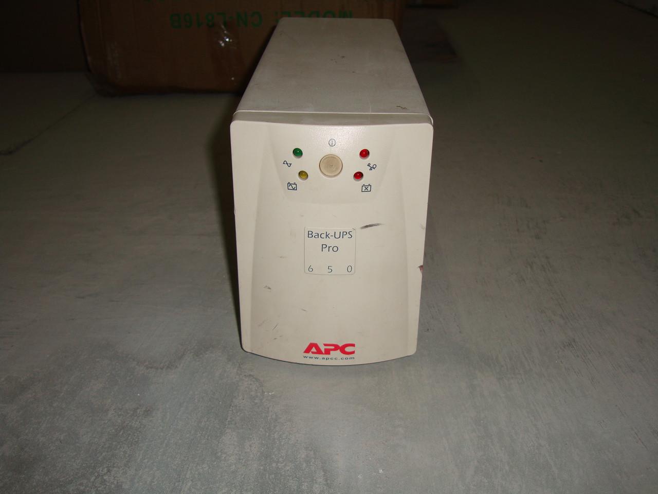 Источник бесперебойного питания ИБП APC Back-UPS 650 на запчасти