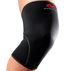 Неопреновый бандаж с закрытой коленной чашечкой McDavid 401 Knee Support