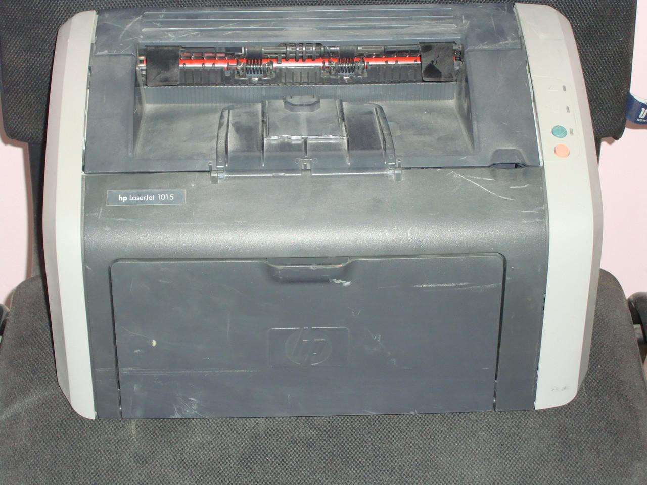Лазерный принтер HP laserjet 1015,б/у,на запчасти