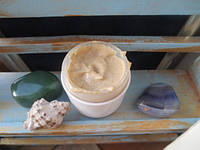 Питательная маска с цветами жасмина, липы, и порошком сандала