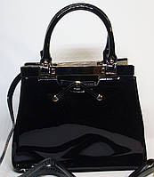 Стильная женская лаковая сумка LOUCSS цвет черный