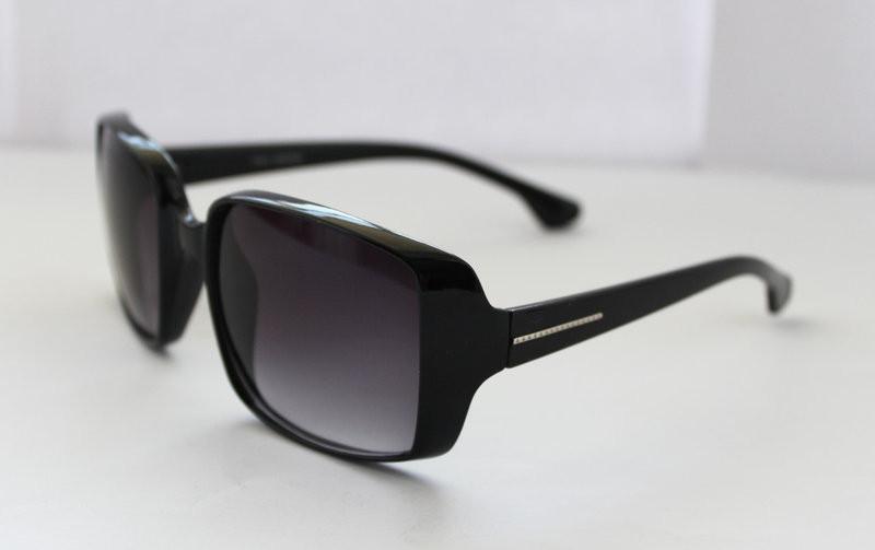 Классические квадратные солнцезащитные женские очки