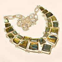 Стильное ожерелье из *рубленых* лабрадоритов
