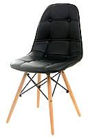 Стул кожанный М-01 черный, мягкое сиденье, деревянные буковые ножки  Charles Eames Style