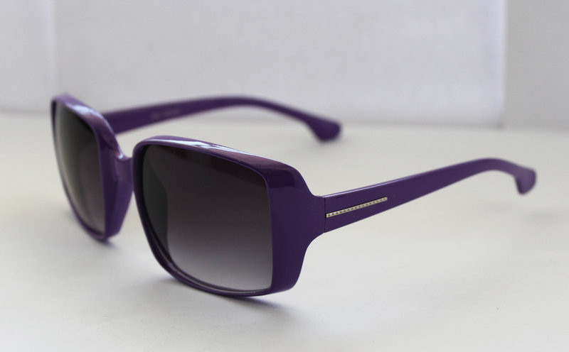Квадратные солнцезащитные женские очки в фиолетовом цвете