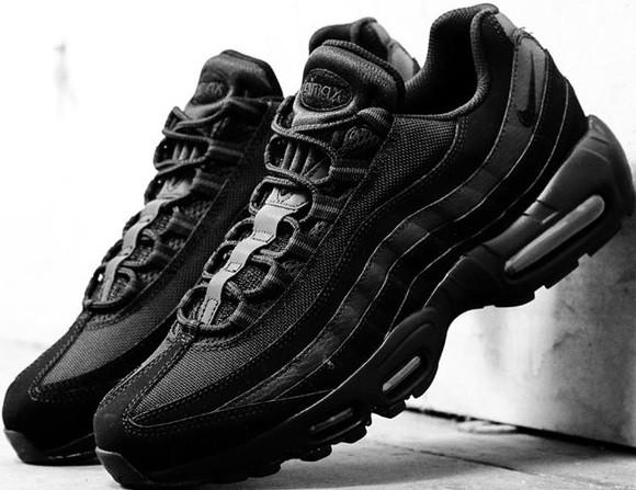 86f57f6e Кроссовки женские Nike Air Max 95 Triple Black от