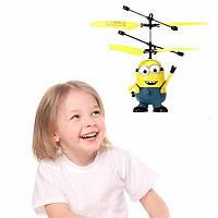 Летающий миньон, интерактивная игрушка - вертолёт, В наличии