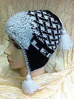 Шерстяная шапка с ушками с  бубонами