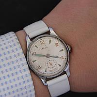 Кама винтажные наручные механические часы СССР, фото 1