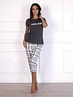 Комплект домашний, пижама красивого графитового цвета с бриджами в клетку 580.
