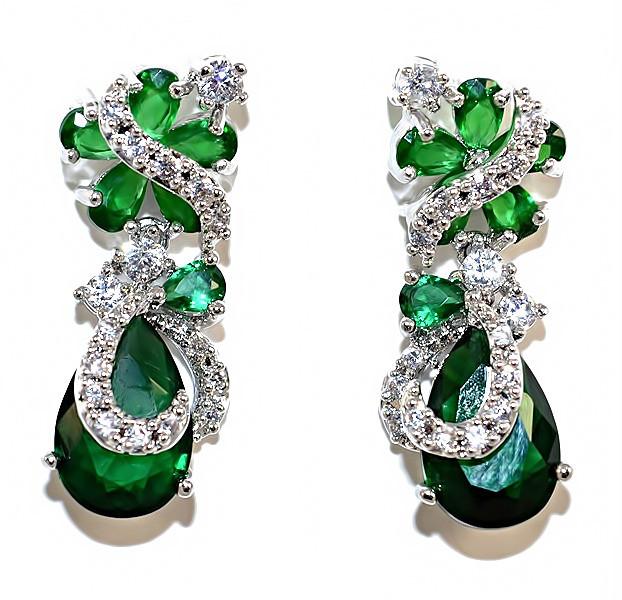 Серьги вечерние.Камень: белый и зелёный циркон. Высота серьги: 2,7 см. Ширина: 10 мм.
