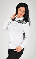 Красивая женская белая рубашка с кружевом. Размер 48,50
