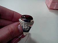 Кольцо с натуральным камнем  обсидиан в серебре.