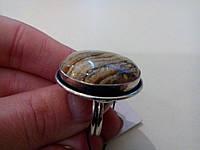 Кольцо с натуральным камнем  пейзажная яшма в серебре.